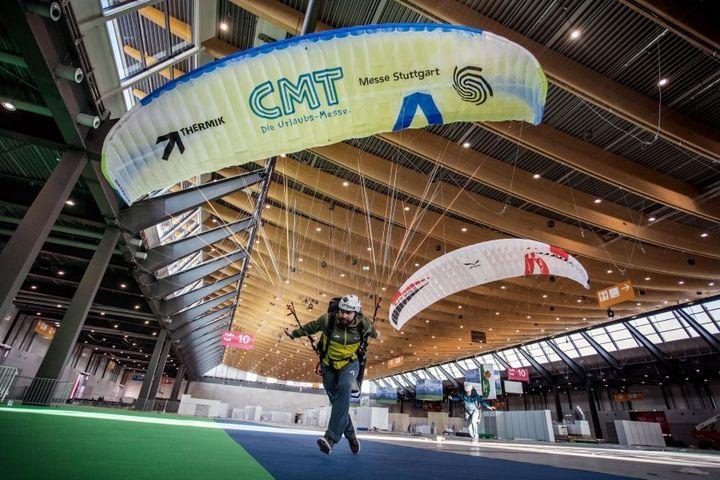 Hoch hinaus geht es am Samstag bei der Thermikmesse, die parallel zur #cmt20 im ICS der Messe Stuttgart stattfindet. Hier findet ihr Fluggeräte, Helmkameras, Navigationshandgeräte, Varios, Packsäcke, Overalls, Schnupperkurse, Höhenflugschulungen un...