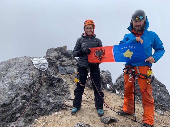 Dieses Jahr ist auf der #cmt20 die jüngste Frau der Welt, die die Seven Summits, also die höchsten Berge der sieben Kontinente bestiegen hat, zu Gast. Mrika Nikqi aus Kosovo hat diese Herausforderung mit 17 Jahren abgeschlossen. Sie wird am Stand des...