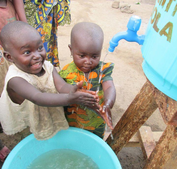 Die CMT verbindet: Einen Teil der Ticketerlöse des Tages der  Reisemedizin auf der CMT 2020 haben die Organisatoren nun an ein Hilfsprojekt im Ostkongo gespendet: MUSACA, eine Partnerorganisation des Difäm, erhält 2300 Euro und sichert damit beispie...