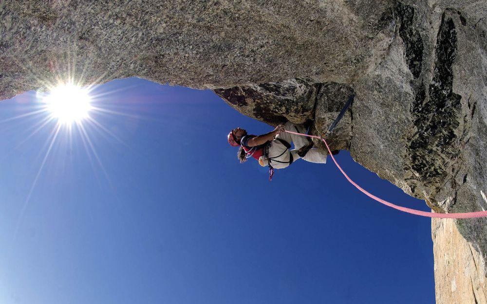 Wir haben da noch einen Livestream-Tipp für den morgigen Feiertag: Best of Berge mit Alexander Huber von den Huberbuam am 6. Januar um 17 Uhr auf WeltundWir!  In seinem Vortrag zieht der Bergsteiger offen und schonungslos Bilanz, erzählt von den grö...
