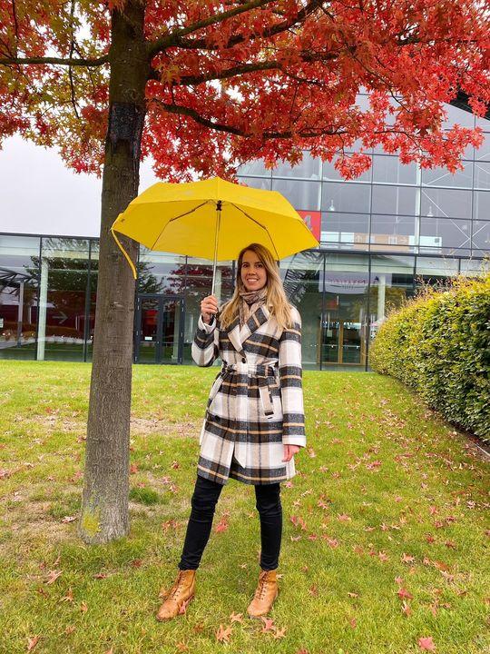 ? Herbst-Gewinnspiel ? Wir verlosen 5x einen Messe Stuttgart-Regenschirm, um euch etwas sonnengelbe Farbe in triste, regnerische Herbsttage zu bringen. ☔?  So nehmt ihr teil: Folgt unserer Seite, liked den Beitrag & schreibt uns in die Komme...
