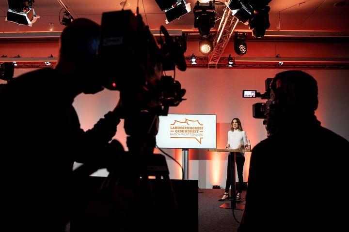 """Heute live aus unserem Streaming-Studio im ICS: der 6. Landeskongress Gesundheit Baden-Württemberg. ? Unter dem Motto """"Stresstest für unser Gesundheitswesen – was lernen wir aus der Corona-Krise?"""" fanden Impuls- & Expertenvorträge sowie ein..."""