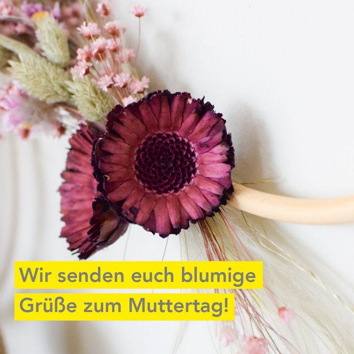 Wir senden euch die besten Grüße von der Messe Stuttgart und haben eine Last-Minute-Idee für alle, die spontan noch ein schönes Geschenk zum Muttertag suchen!  Bis morgen können noch Plätze für den nächsten Kreativ@home-Workshop gebucht werden....