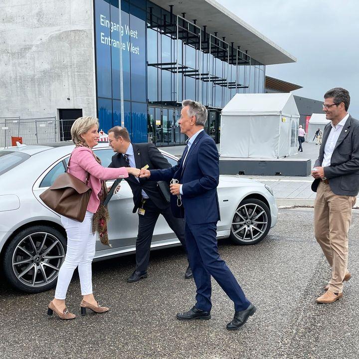 Beim Thema Tourismus sind wir voll in unserem Metier!? Daher ist es uns eine besondere Freude heute die Delegiertenversammlung des Tourismusverbands Baden-Württemberg im Kongress West zu begrüßen. Unsere Geschäftsführung nimmt anlässlich desse...