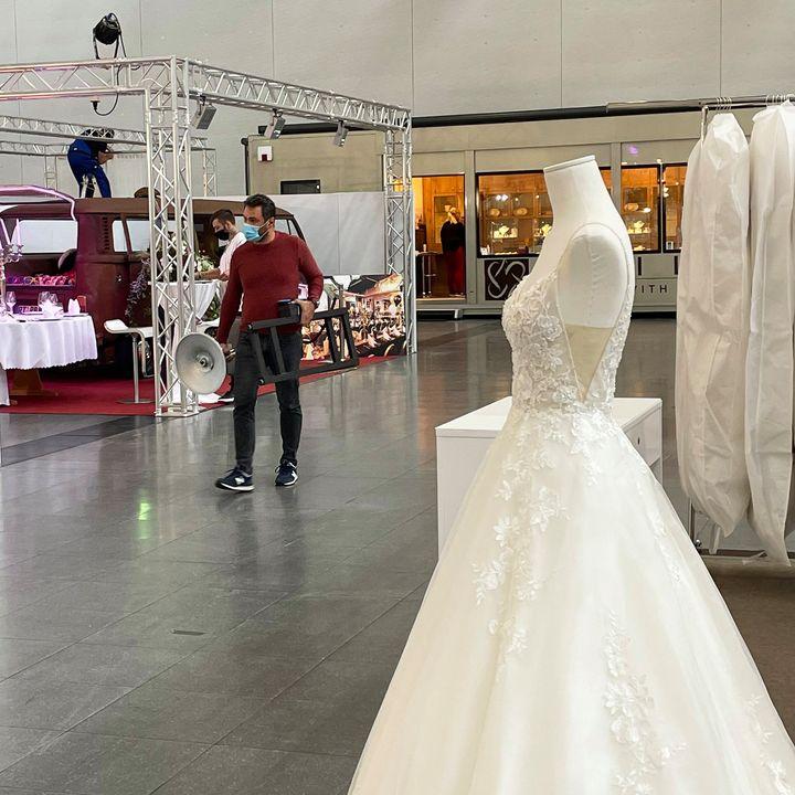 Love is in the air:? Bei uns im ICS läuft gerade der Aufbau für die Wir heiraten Stuttgart - Die Hochzeitsmesse. Am Wochenende dreht sich bei der Gastveranstaltung alles um die Hochzeit und das Heiraten.? Morgen um 10 Uhr geht es los. Wir freue...