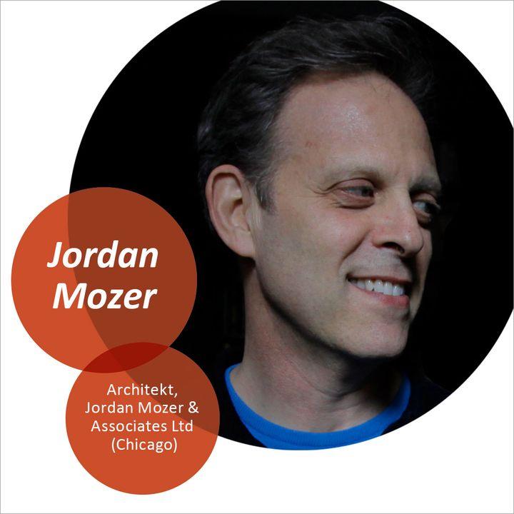Im Guest Talk mit Jordan Mozer, Chicagoer Star-Architekt für außergewöhnliche Gastronomie- und Hotellerieprojekte, spricht Pierre Nierhaus über die Hospitality Trends nach Corona. Welche bautechnischen Veränderungen warten auf die Hotelleriebranch...