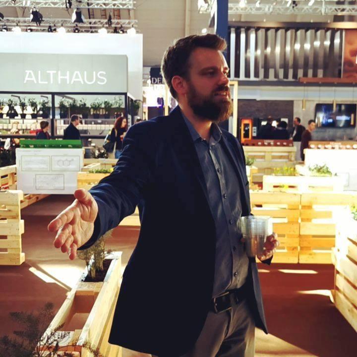 Das #AromaLabyrinth im Schnelldurchlauf. Jeden Tag um 12 und 15 Uhr beim Stuttgart Coffee Summit in Halle 8, organisiert von coffee consulate Beste Vorbereitung für das #Rösterdorf und für's #cuptasting ? #dabeiseinistalles #Intergastra2020 #coff...