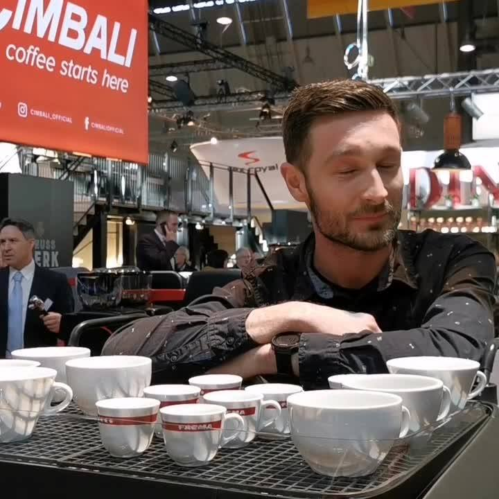 Den täglichen Startschuss zur #INTERGASTRAdigital gibt Barista Christian Ullrich (Barista des Jahres und Deutscher Latte Art Meister) mit seinem #CoffeeMorningTalk. ☕ Er wird mit euch darüber sprechen, wie es mit dem eigenen Café klappt, wie Café...