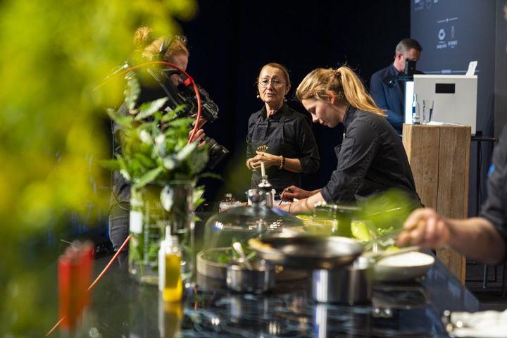 Sehen wir uns auf der Chef-Sache in Düsseldorf (3. & 4. Oktober 2021)? ? Die CHEF-SACHE ist das größte Avantgarde Cuisine Festival im deutschsprachigen Raum und Magnet für die größten der deutschen Gastropnomieszene sowie einzigartiges Netzwer...