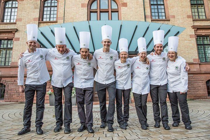 Nach den Feiertagen startet die deutsche Nationalmannschaft voll durch: Die Generalproben - unter anderem im Widmann's auf der Schwäbischen Ostalb - laufen, bevor es im Februar bei den IKA Culinary Olympics richtig zur Sache geht. ?? #CulinaryOl...