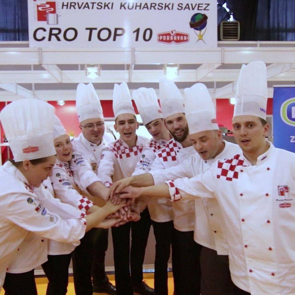 In 3 Kategorien treten die Kollegen aus #Kroatien zu den IKA Culinary Olympics an. Sichere dir jetzt dein Ticket, denn #dabeiseinistalles! ?? #restaurantofcommunitycatering #restaurantofnation  #chefstable #CulinaryOlympics #CulinaryOlympics2020...