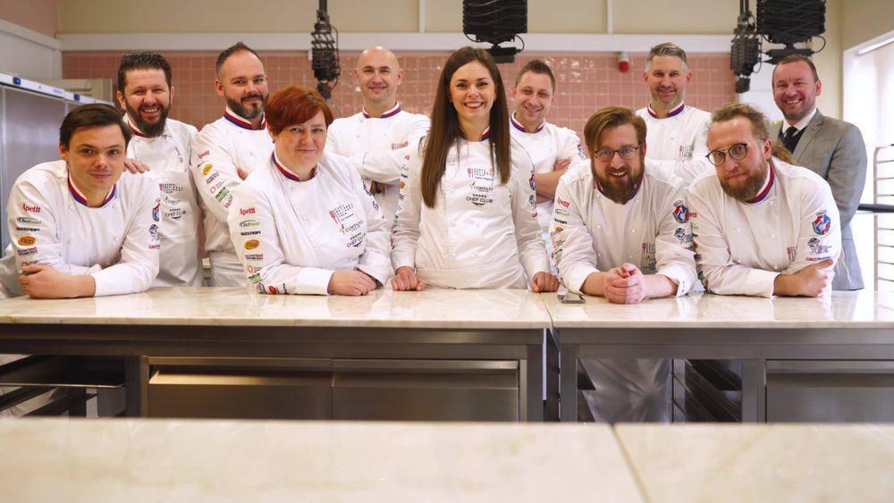 #dabeiseinistalles heißt es auch für das Team aus Tschechien, wenn die IKA Culinary Olympics starten. Dein Ticket hast du schon oder? ? #restaurantofcommunitycatering #restaurantofnation  #chefstable #CulinaryOlympics #CulinaryOlympics2020 #taking...