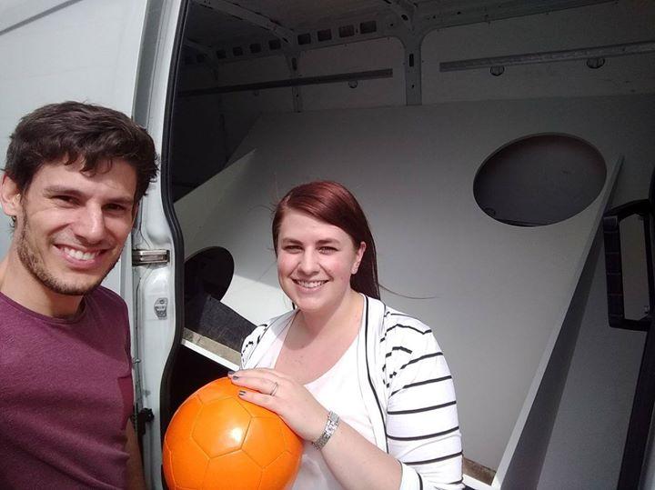 Seid ihr auch schon unterwegs zu Deckerform? Angela Stoll und Florian Schmitz haben unsere MEX-Torwand eingeladen und fahren jetzt zum Vorabend-Event der VDWF - Verband Deutscher Werkzeug- und Formenbauer e.V. - Hauptversammlung.
