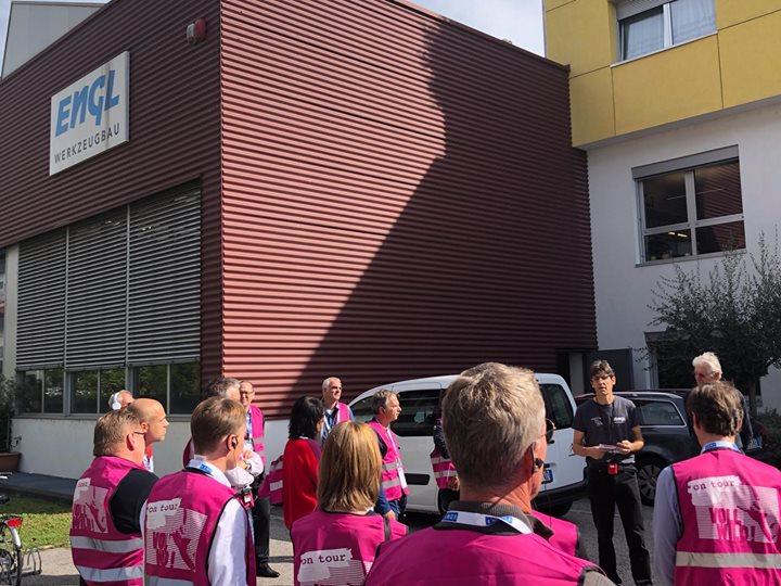 Voll Wild und auf Tour! Da darf Florian Niethammer nicht fehlen! Mit dem VDWF auf EU-Tour: 8 Firmenbesuche in 4 Tagen!