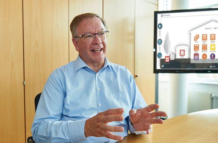 Abschied bei Somfy Smart Home: Zum 30. September 2020 wird Jean-Luc Sarter, Geschäftsführer von Somfy Zentraleuropa, nach 14 erfolgreichen Jahren innerhalb der Somfy Gruppe den Ruhestand antreten. Einen Großteil seiner beruflichen Tätigkeit verbrac...