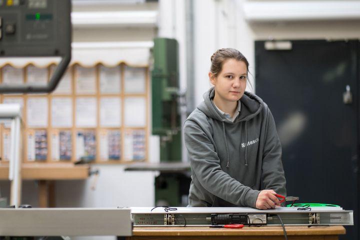 Engagierte Fachbetriebe gesucht: Eine Ausbildung zum Rollladen- und Sonnenschutzmechatroniker ist nicht nur zukunftsträchtig, sondern auch eine anspruchsvolle Mischung aus High-Tech und Handwerk. Auch deshalb wurde für das R+S-Handwerk Anfang dieses...