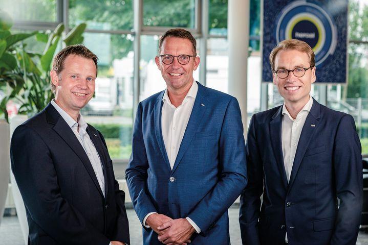 Geschäftsführung erweitert: heroal wird seit Mitte August 2020 von einem dreiköpfigen Geschäftsführungsteam geleitet. Neben Dr. Max Schöne (r.) wurden Jürgen Peitz (M.) und Dr. Ramon Knollmann (l.) als Geschäftsführer von heroal bestellt.   J?...