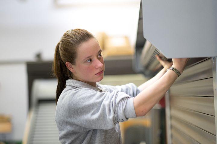 Bewerbungsstart für ausbildungsstarke Betriebe: Bereits zum achten Mal seit 2014 ruft der Bundesverband Rollladen + Sonnenschutz e.V. Ausbildungsbetriebe dazu auf, sich für den BVRS-Ausbildungspreis zu bewerben.  Auch in diesem Jahr sucht der Bundesv...