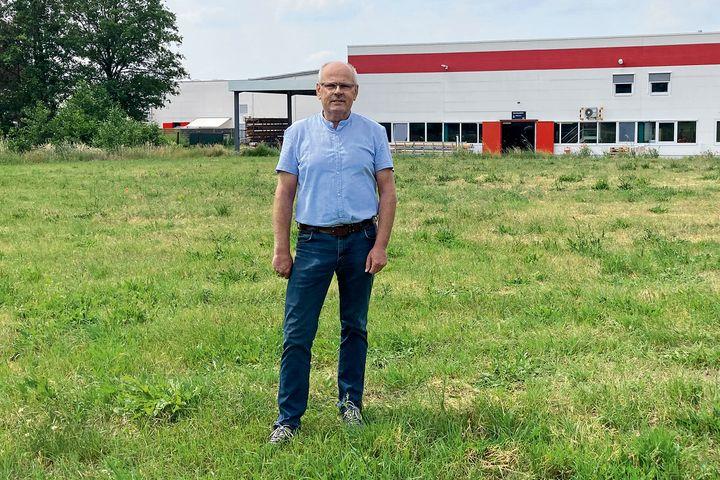 Neue Produktionshalle entsteht: Pünktlich zum 30. Firmenjubiläum des Unternehmensstandorts Möckern erweitert Weinor seine Kapazitäten in der Produktionsstätte in Sachsen-Anhalt. Direkt neben dem bestehenden Firmengebäude soll noch in diesem Jahr...