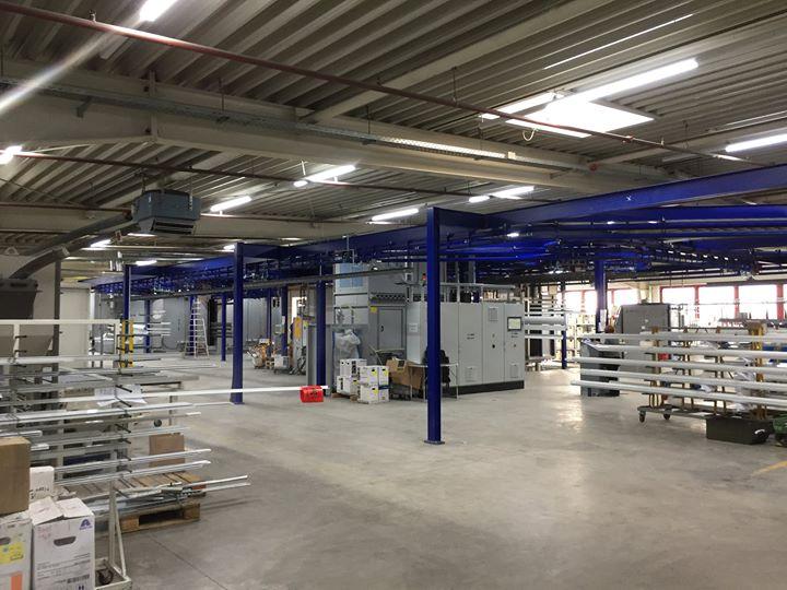 Investition in eine neue Pulverbeschichtungsanlage: Pünktlich zum Start der neuen Outdoor-Saison hat die erwilo Markisen GmbH die Installation der neuen, hochmodernen Pulverbeschichtungsanlage fertiggestellt und damit den Grundstein für noch mehr Qua...