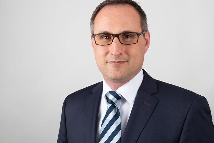Wechsel im Vertrieb: Seit dem 1. April 2019 ist Jörg Schweinfurth neuer Leiter für Marketing und Vertrieb bei Meißner Toranlagen. In seiner bisherigen beruflichen Laufbahn konnte er bereits Erfahrungen im Schlüsselfertigbau, im Systembau und in ver...