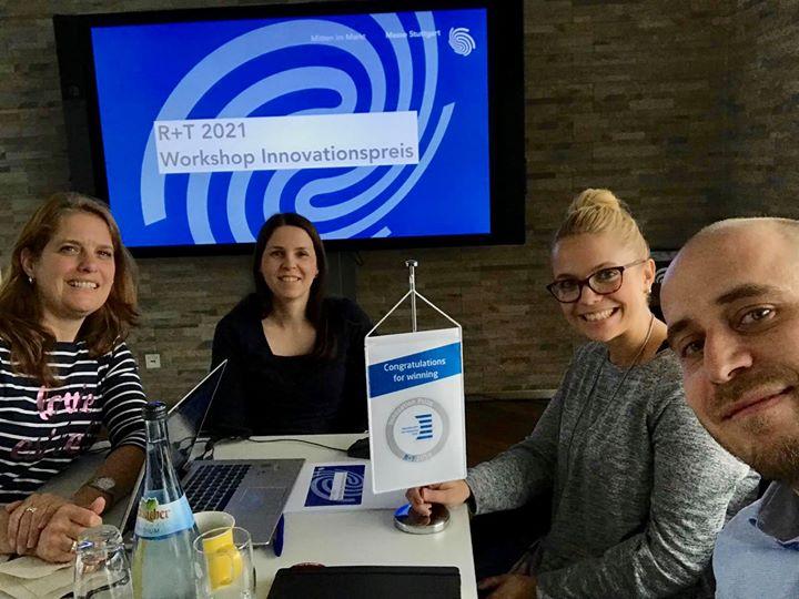 Heute mal #inHouse statt #onTour - Das R+T Team traf sich diese Woche zu einem Workshop für den nächsten R+T Innovationspreis. Es wurde viel überlegt, diskutiert und gelacht. Seid gespannt und freut euch auf die Ergebnisse! #rtexpo