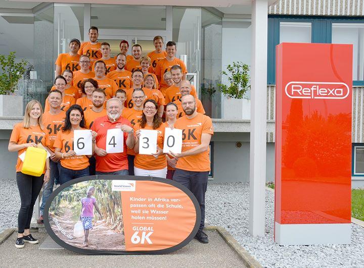 Laufen und Gutes tun: Die REFLEXA-Werke - Sonnenschutz in Perfektion ist Teil der weltweiten Bewegung des sogenannten Global 6K-Laufs geworden. In Zusammenarbeit mit dem FC Reflexa Rettenbach veranstaltete der Sonnenschutzhersteller am 1. Juni 2019 die...