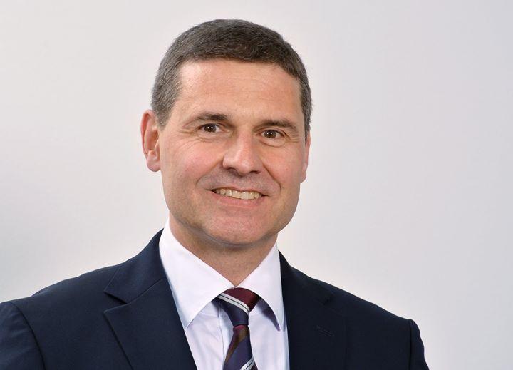 """Veränderung in der Vertriebsorganisation bei MHZ Hachtel: Roland Schlipf hat zum 01. Oktober 2019, zusätzlich zu seiner bisherigen Funktion als Bereichsleiter Export, die Vertriebsleitung """"Innendekorations-Fachhandel"""" für Deutschland bei der MHZ..."""