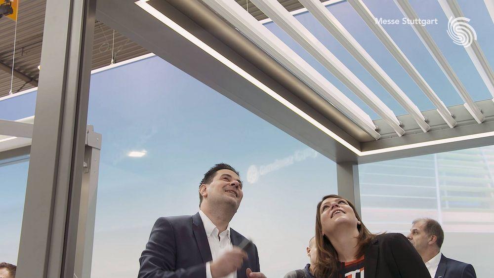 Rundum gute Stimmung herrschte während der #rtexpo 2018 auf dem Stand der HELLA Sonnenschutztechnik GmbH. ?? Geschäftsführer Christian Schaller berichtet Euch, was in Stuttgart präsentiert wurde & gibt Einblicke ins Messegeschehen. ?