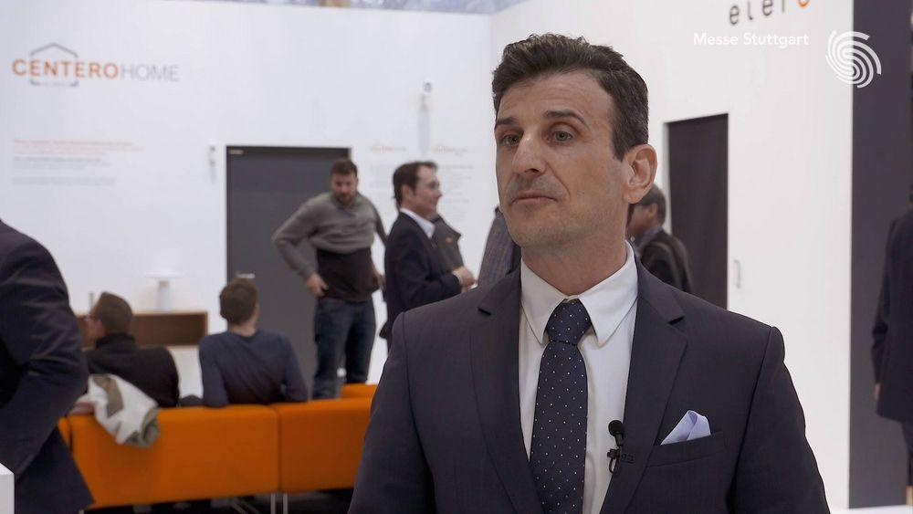 Ganz klar: Die Highlights auf der #rtexpo 2018 waren für Geschäftsführer Enzo Viola die eigenen Produkte seines Unternehmens elero. Was ihn sonst noch bei uns in Stuttgart begeistert hat, erfahrt Ihr in diesem Video! ?