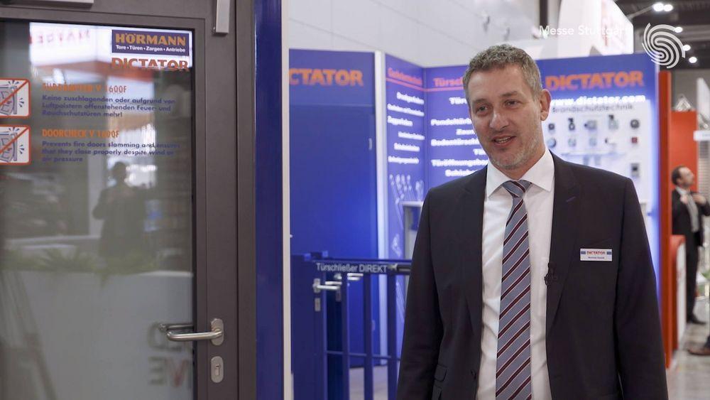 Gute Stimmung? Die herrschte an allen Messetagen der #rtexpo 2018 am Stand von der DICTATOR Technik GmbH, wovon Euch Matthias Kassak in diesem Beitrag berichtet! ??