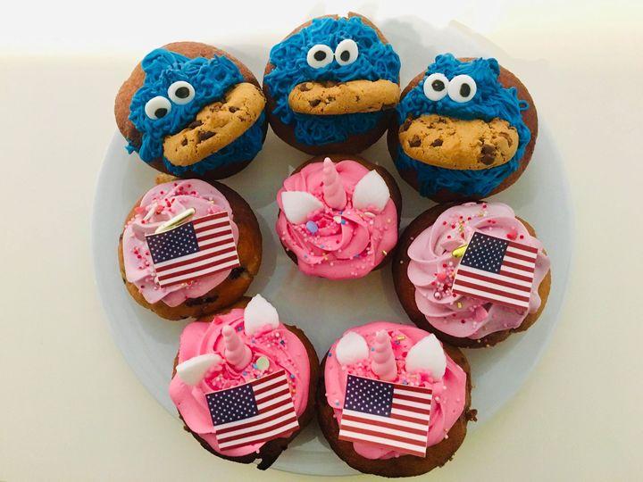 Die Messe ist vorbei, aber bei einer Portion unserer Lieblings-Cupcakes von Bunny&Scott schwelgen wir gleich wieder in Erinnerungen an eine tolle Veranstaltung! Kommt gut ins Wochenende und gönnt euch trotz Hamburger Schietwetter was Leckeres! #cupcak...
