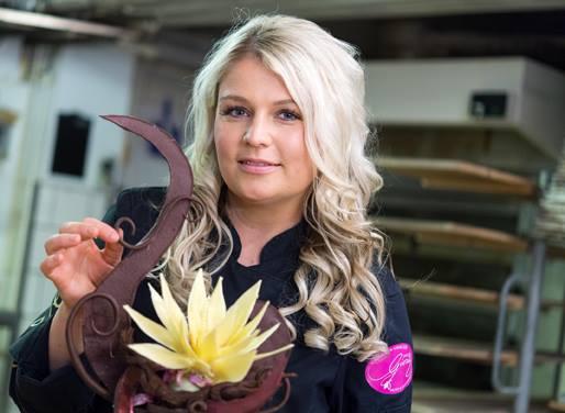 Pralinen, Sterne, Bruchschokolade, Tafeln, Torten oder auch Küchlein mit Schokoladenfüllung. Sie schwärmt für Schokolade. Sarah Gierig ist eine der wenigen Schokoladen-Sommeliers in Deutschland. Erlebt sie am Samstag und Sonntag live auf unserer Ba...