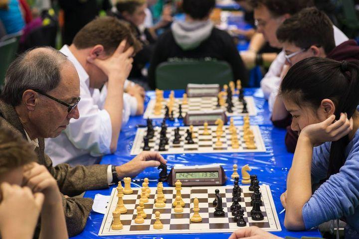 Der heutige Tag steht ganz im Zeichen des berühmtesten Strategie-Spiels der Welt. ♟ Wir wünschen euch einen tollen internationalen Schach-Tag und hoffen, dass ihr zur Feier des Tages ein paar Minuten (bis Stunden ?) Zeit für eine spannende Part...