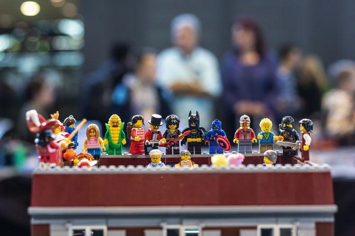 Morgen ist es endlich soweit!!! Die Comic Con Germany geht in die nächste Runde. ? Wir freuen uns auf Comic-Zeichner, Superhelden, Geeks, Serien- und Filmstars, den bunten Mittelaltermarkt im Rothauspark und natürlich ganz besonders auf die 2.500...