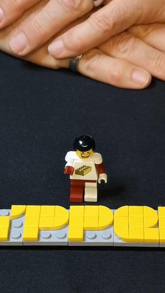 +++Gewinnspiel+++  Schwabenstein 2x4 e.V.-Mitglied Zypper nimmt uns mit in sein Reich der kleinen Steine!  ?✨ Er zeigt, welch unterschiedliche Anwendungsmöglichkeiten die vielseitigen Bausteine bieten und hat zudem auch viele tolle Rätsel und kn...