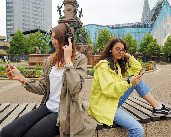 """Lust auf eine Tour entlang der Leipziger Notenspur? 🎵🚶 Kommt mit auf eine auditive Entdeckungsreise in der Podcast-Reihe """"Willkommen in Leipzig – der Podcast für deine Leipzig-Reise"""", die auf Initiative von Leipzig Travel produziert wurde...."""