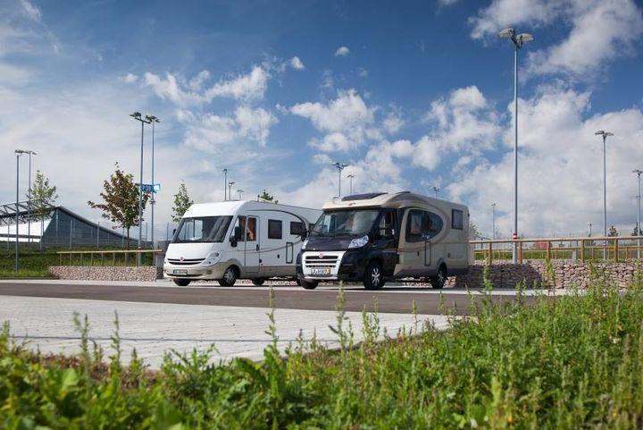 Wir machen den Campingplatz auf: Mit dem Caravan auf der #TCLeipzig übernachten! Hier gibts alle Infos: http://static.ow.ly/docs/2018_Verkehrsleitfaden_Wohnmobil_T&C%20Copy_81AP.pdf
