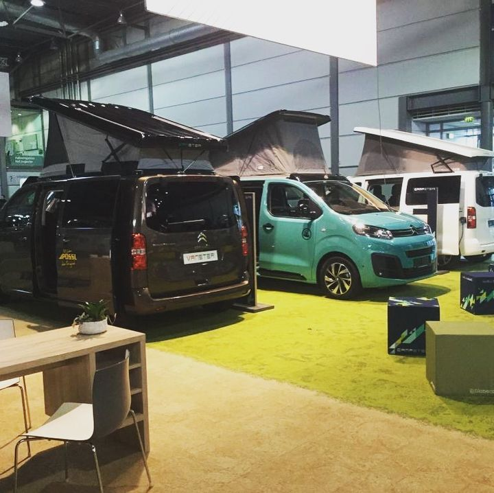 Auch die Caravaning-Hallen sind vorbereitet und prall gefüllt: Vom kompakten Van bis zum großen Luxusliner findet ihr hier Fahrzeuge aller Art. Da ist sicher für jede Urlaubsform was dabei! #caravaning #camping #vanlife #leipzig #messe #tc #tcleipzi...