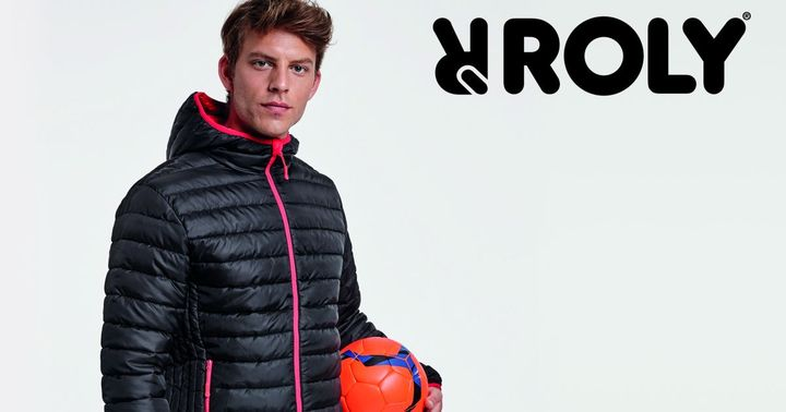 --- TV #TecStyleVisions exhibitor 2020 --- Roly presents its winter highlight: NORWAY SPORT. The sporty quilted jacket with feather-touch padding is windproof and waterproof and also has a hood. Norway Sport allows you to do what you want even in extre...