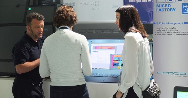 """--- TV #TecStyleVisions exhibitor 2020 --- The starting point for the digitally networked production chain in the """"Digital Textile Micro Factory"""" is 3D-Vidya from Assyst. With 3D-Vidya, individual variants of a polo shirt can be created with just a few..."""
