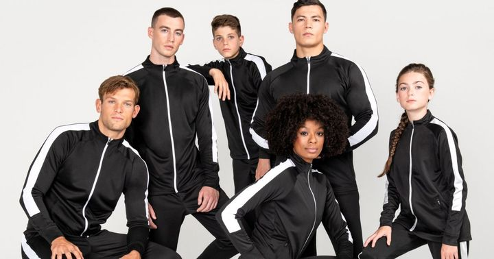 --- TV #TecStyleVisions exhibitor 2020 ---  Henbury Brands will present you a multi-faceted product portfolio over 9 brands at stand 1H33. Whether corporate essentials, fashion favourites, power sportswear or even cuddly bears: Henbury Brands has the r...