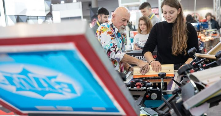 In Charlie's Corner at stand 1C11 (Hall 1) you can get valuable tips and tricks from textile professional Charlie Taublieb alias Dr. Print. � Apply your learned knowledge directly and print a t-shirt by yourself! � Have fun!