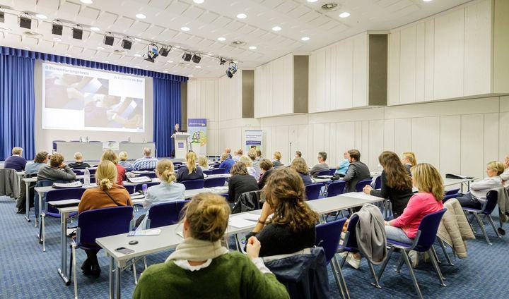Auch die Kongresse der #TheraPro bieten noch heute interessante Eindrücke u.a. in die Themenfelder Sportphysiotherapie, Schulbasierte Ergotherapie & Sprachtherapie mithilfe von Lautgesten.?